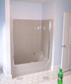 bath24-before-at-tub