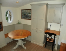 custom-carpentry-kitchen-bench-seat