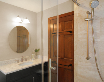 Streamlined Shower Space